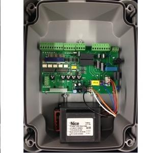 Блок управления Mindy A700F для распашных приводов.